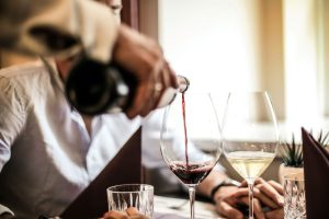 pouring wine in st augustine restaurant